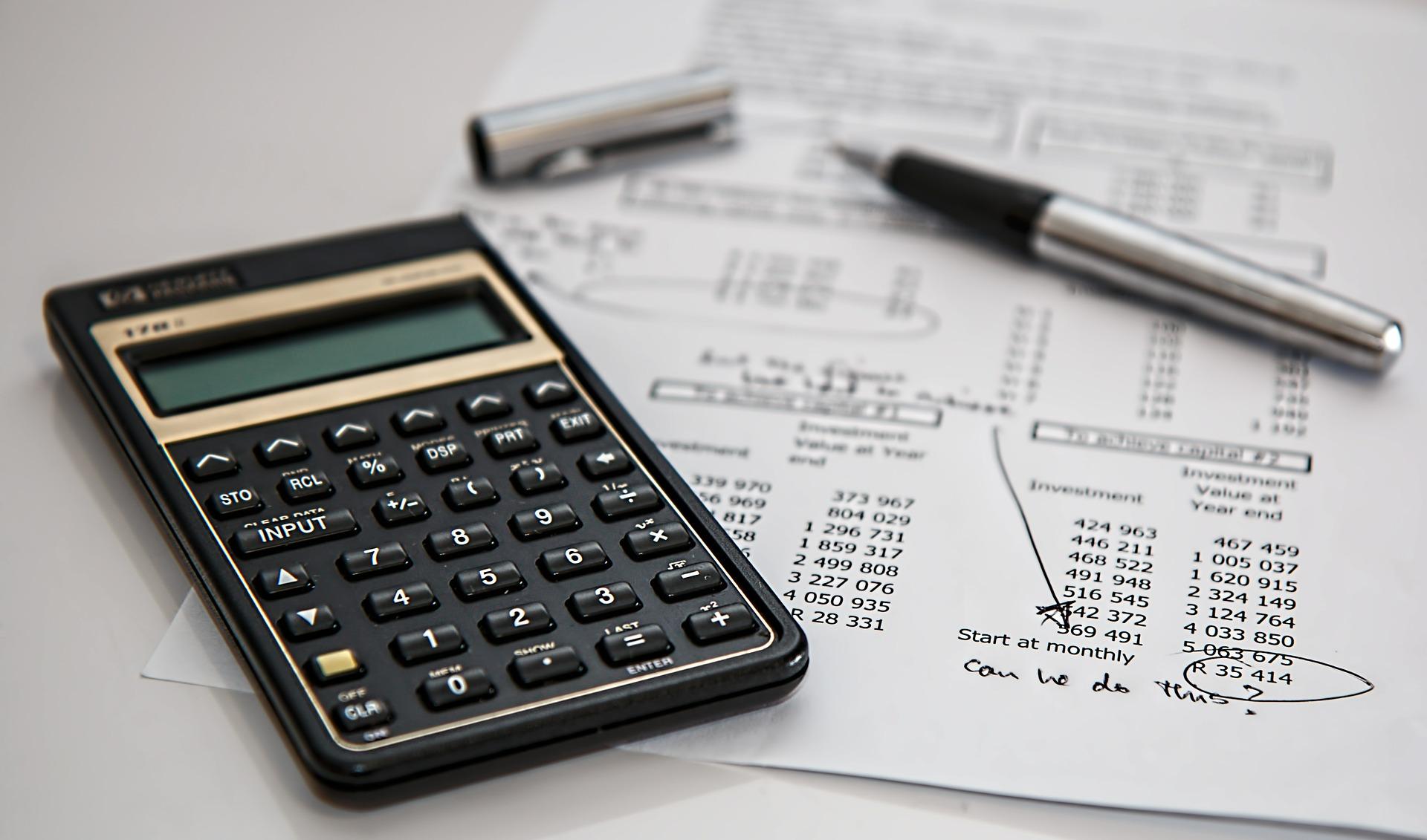 Taschenrechner mit einer Kalkulation
